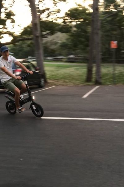 Moov8 Ebikes & Scooters 9